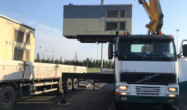 Погрузка дизельного генератора весом 12 тонн